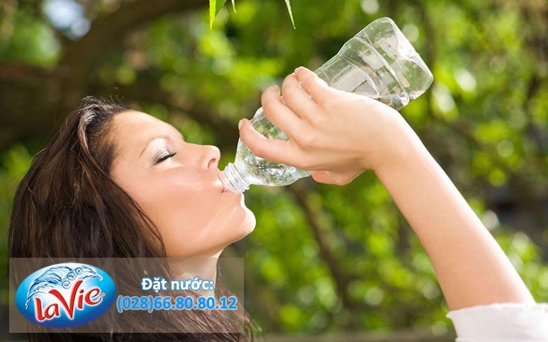 Nước khoáng tốt cho sức khỏe không
