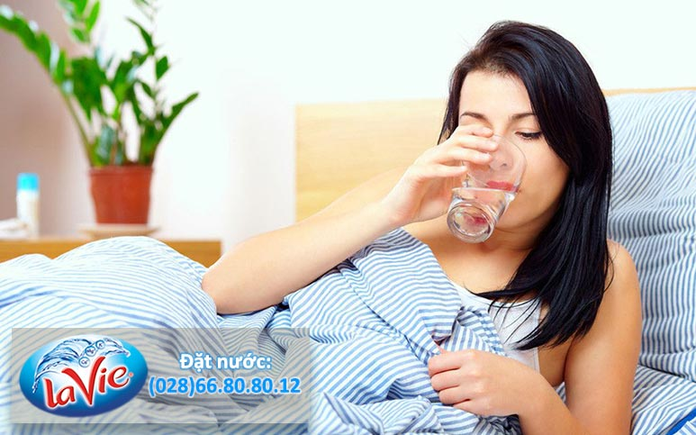 Thời điểm uống nước tốt cho sức khoẻ